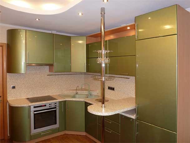 Кухни с барной стойкой и угловые кухни